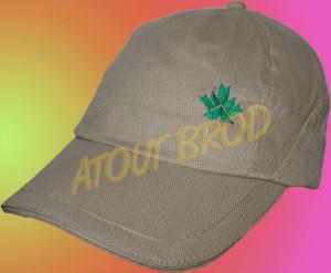 Broderie d'un logo sur des casquettes pour la base de loisir de Bouconne par ATOUT BROD, Toulouse, Mondonville